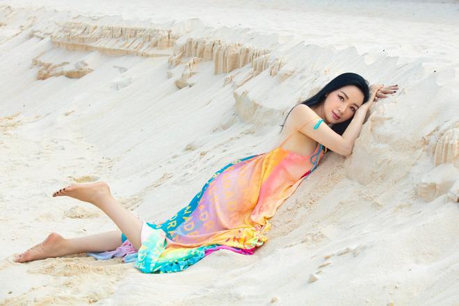 Cận cảnh sắc vóc trẻ đẹp, nóng bỏng của Hoa hậu Giáng My ở tuổi 50 - Ảnh 13.