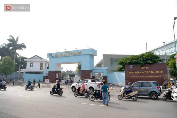 Nóng: Ghi nhận 10 ca dương tính SARS-CoV-2, bệnh viện K phong toả cả 3 cơ sở - Ảnh 1.