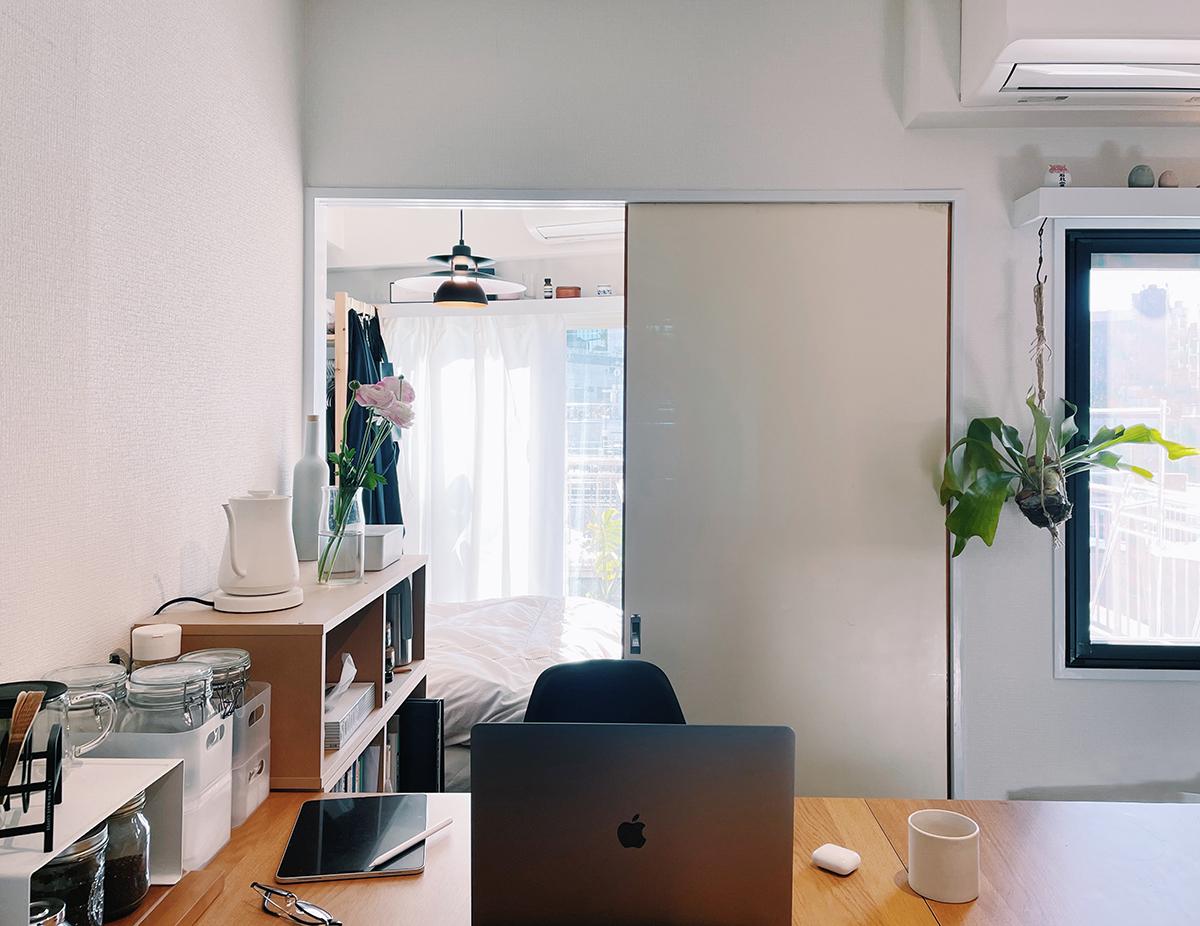 Căn hộ 33m2 có hiên nhà ngập nắng của nữ kiến trúc sư ở thủ đô - Ảnh 8.