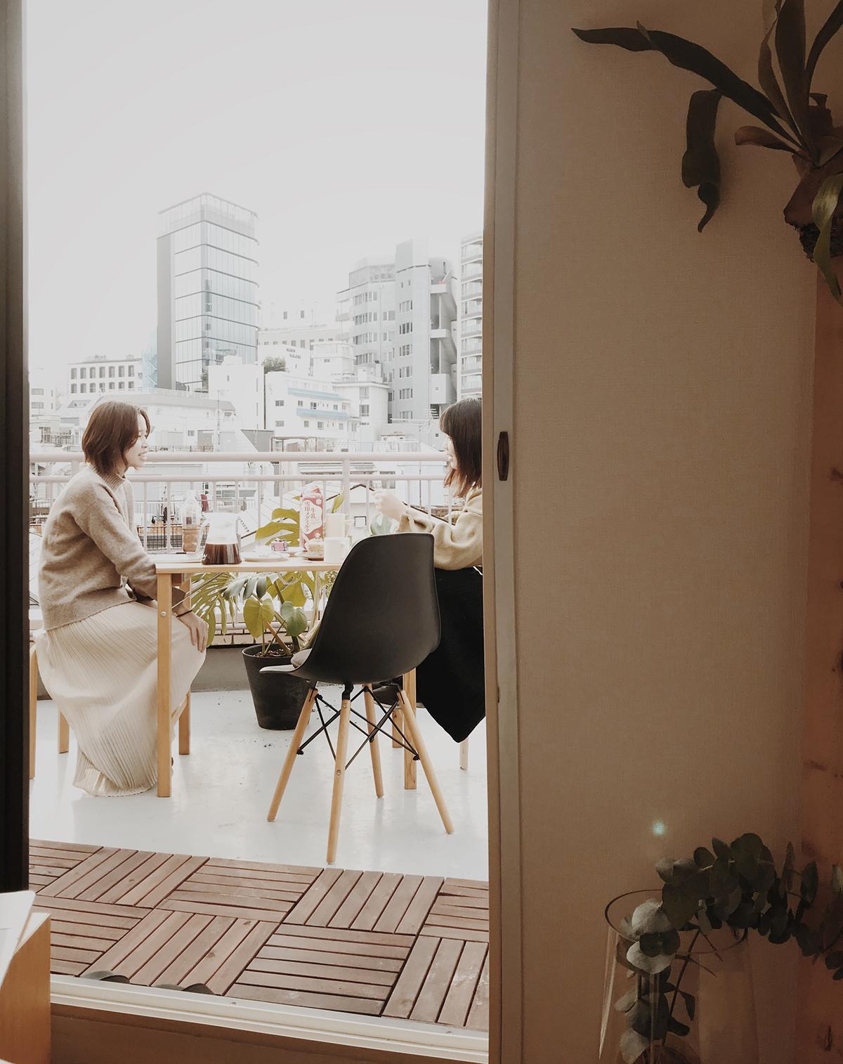 Căn hộ 33m2 có hiên nhà ngập nắng của nữ kiến trúc sư ở thủ đô - Ảnh 5.