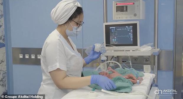 Hình ảnh mới nhất của các em bé trong ca sinh 9 hy hữu gây chấn động thế giới gần đây - Ảnh 12.