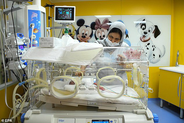 Hình ảnh mới nhất của các em bé trong ca sinh 9 hy hữu gây chấn động thế giới gần đây - Ảnh 10.