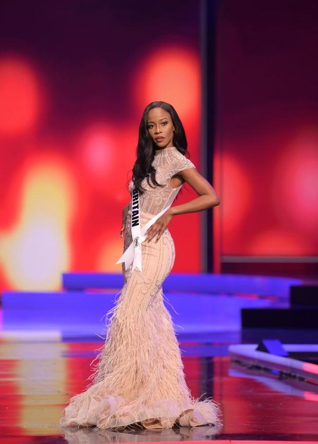 Missosology công bố top 15 trang phục dạ hội đẹp nhất Miss Universe 2020, Khánh Vân thể hiện xuất sắc có đủ sức leo top? - Ảnh 16.