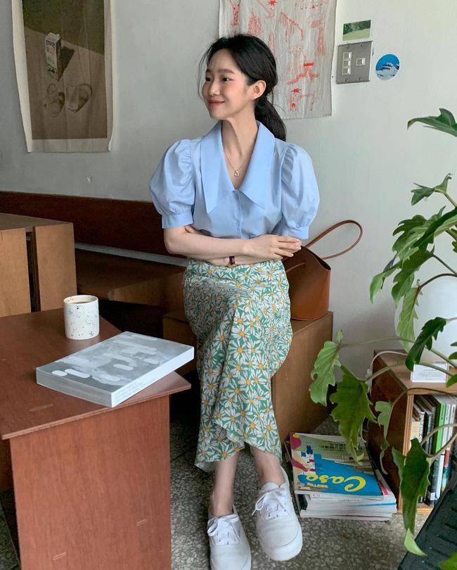 Diện chân váy dài đẹp xinh hết cỡ nhờ áp dụng 12 cách mix của gái Hàn - Ảnh 10.