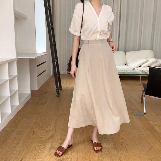 Diện chân váy dài đẹp xinh hết cỡ nhờ áp dụng 12 cách mix của gái Hàn - Ảnh 3.
