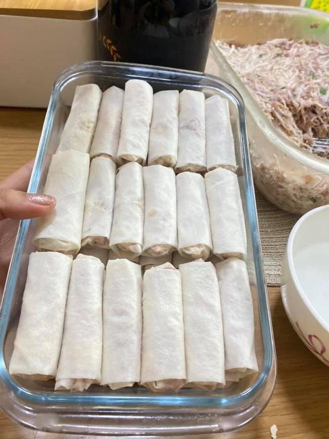 Gái đảm gợi ý cách làm món vằn thắn và nem rán miền Nam trữ đông cho cả tuần, dịch dã ở nhà cũng chẳng lo gầy xọp kilogam nào! - Ảnh 12.