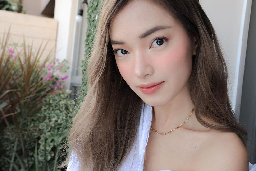 Cứ đến hè là sao Việt lại makeup nhẹ nhàng, trong veo, nhìn phát mê! - Ảnh 3.