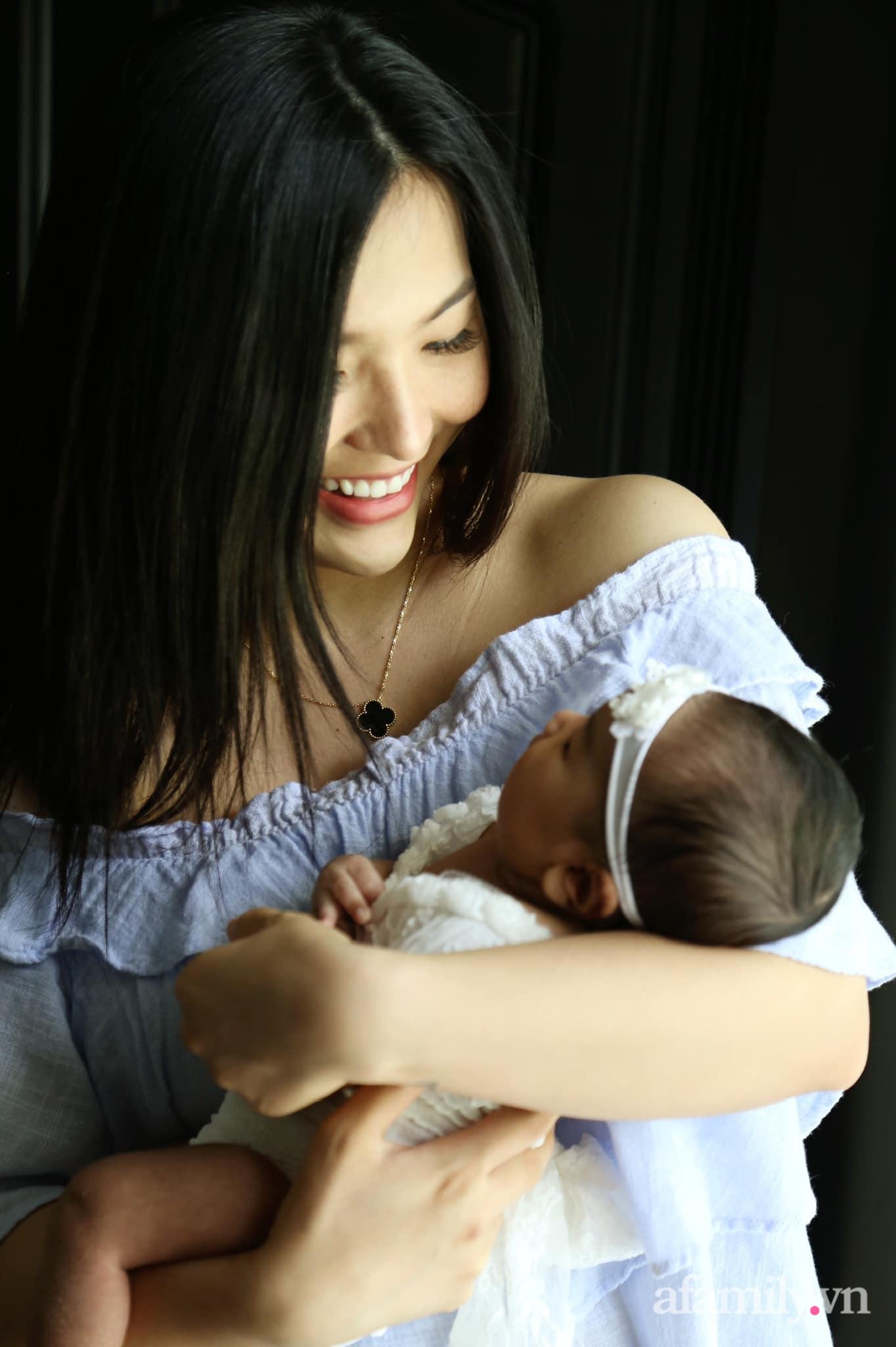 Mang bầu tăng 26kg, mẹ 9x vẫn đẹp ngút trời, đẻ xong còn thần thái hơn nhờ quan điểm: