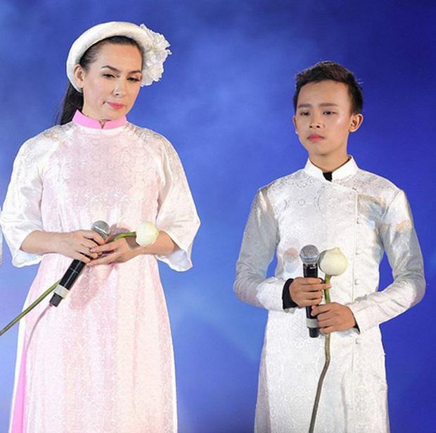 Vì sao Phi Nhung nhận nuôi Hồ Văn Cường 5 năm trước, giọng ca nhí từng kể về cuộc sống thay đổi ra sao? - Ảnh 9.