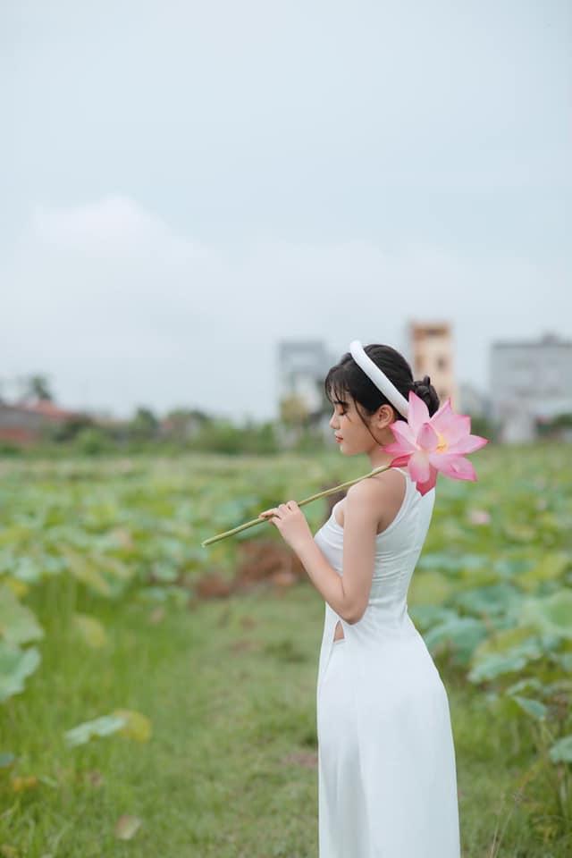 Con gái Hiệp Gà 17 tuổi: Phổng phao, cao lớn, được khuyên đi thi Hoa hậu - Ảnh 4.