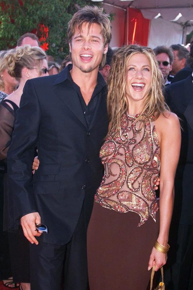 Hôn nhân đầu tiên của Brad Pitt: Tỏ tình trên thảm đỏ rồi toang vì tiểu tam Angelina, từ thù thành bạn với vợ cũ sau 15 năm - Ảnh 3.