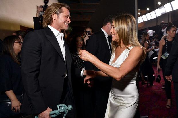 Hôn nhân đầu tiên của Brad Pitt: Tỏ tình trên thảm đỏ rồi toang vì tiểu tam Angelina, từ thù thành bạn với vợ cũ sau 15 năm - Ảnh 11.