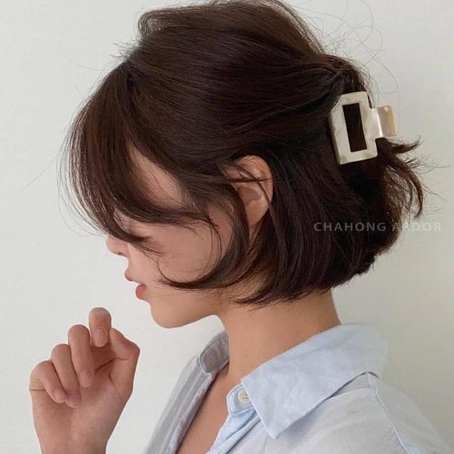 5 cách tạo kiểu để nàng tóc ngắn xinh tươi mỗi ngày, không bị nhạt nhẽo - Ảnh 7.