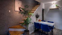 Khó tin: Ngôi nhà chỉ 17m² nhưng đầy đủ chức năng, đẹp ấn tượng dành cho vợ chồng trẻ ở Sài Gòn