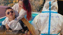 Chàng trai với bộ quần áo bảo hộ có dòng chữ gây sốt MXH: Hóa ra là diễn viên quen mặt, gửi lời nhắn đến vợ sắp cưới siêu dễ thương