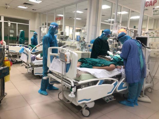 Bộ Y tế công bố thêm 2 bệnh nhân Covid-19 tử vong - Ảnh 1.