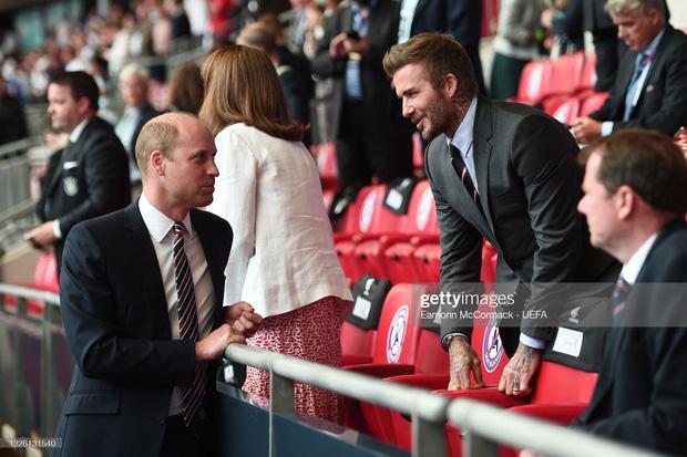 """""""Nội dung"""" hot nhất trận Anh - Đức đêm qua David Beckham: Có bản HD căng đét mời chị em vào """"húp trọn"""" cực phẩm! - Ảnh 10."""