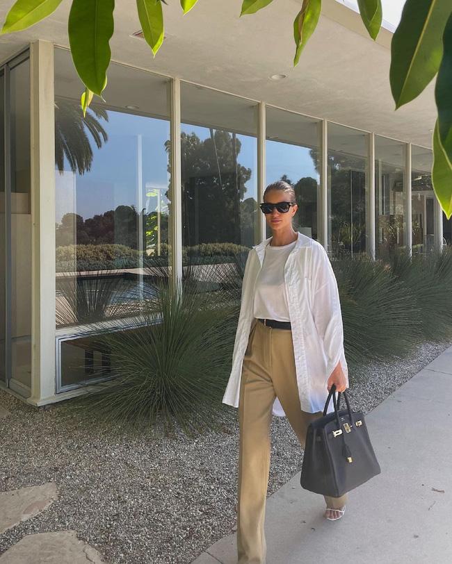 Mỹ nhân Hollywood diện áo sơ mi theo cách thoải mái, đơn giản nhưng sành điệu 100 điểm - Ảnh 10.