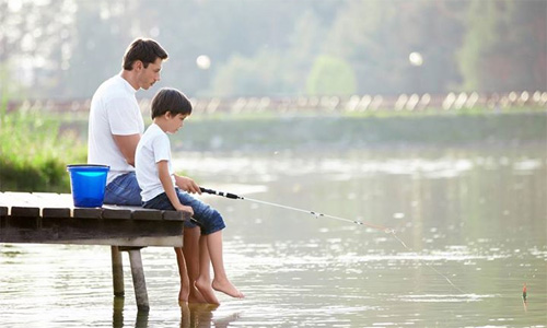 """Khi nuôi dạy con trai, """"mẹ lùi 1 bước, bố tiến 1 bước"""": Mẹ bình tĩnh, bố nhiệt tình, sự trưởng thành của con càng thêm xán lạn - Ảnh 2."""