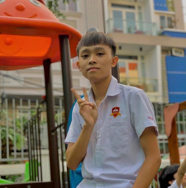 Phỏng vấn nhanh Hồ Văn Cường sau kì thi tốt nghiệp THPT: Lời nhắn nhủ của mẹ Phi Nhung, bất ngờ nhất là nguyện vọng trường Đại học  - Ảnh 3.
