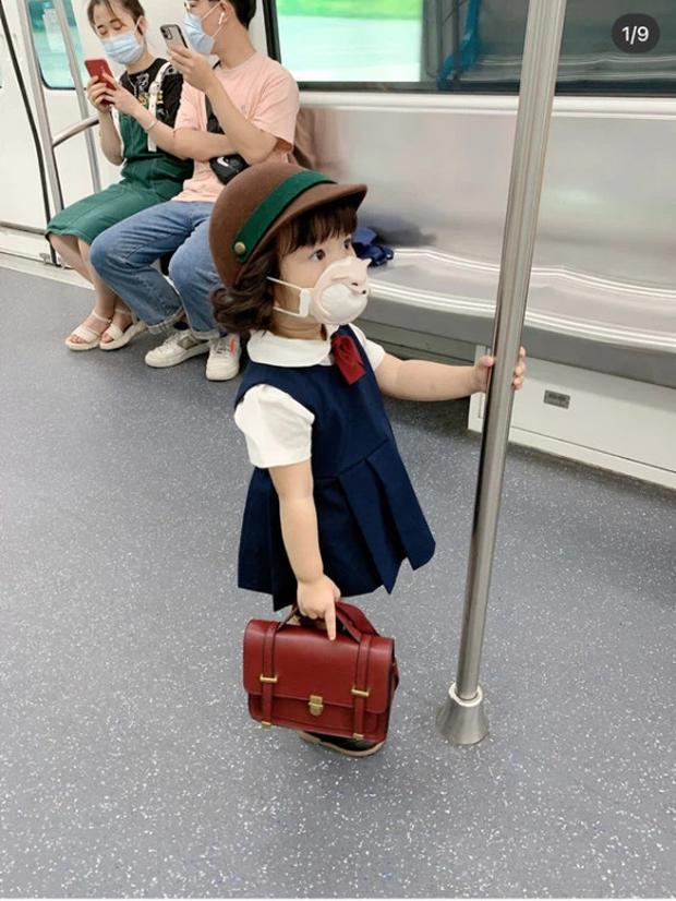 Sự thật ngã ngửa về bức ảnh bé gái Nhật Bản đã xinh xắn còn hiểu chuyện nhường ghế trên tàu điện ngầm gây xôn xao mạng xã hội xứ Trung - Ảnh 1.