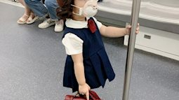 """Sự thật ngã ngửa về bức ảnh bé gái Nhật Bản """"đã xinh xắn còn hiểu chuyện"""" nhường ghế trên tàu điện ngầm gây xôn xao mạng xã hội xứ Trung"""