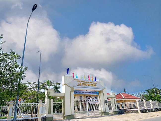 Bài thi Văn tốt nghiệp THPT viết gì mà nam sinh xứ Quảng