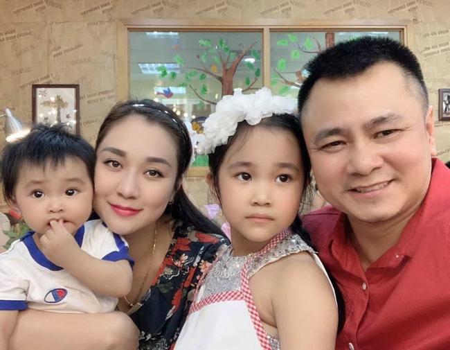 NSND Tự Long kể chuyện đưa vợ đi đẻ khiến dân tình cười mệt: