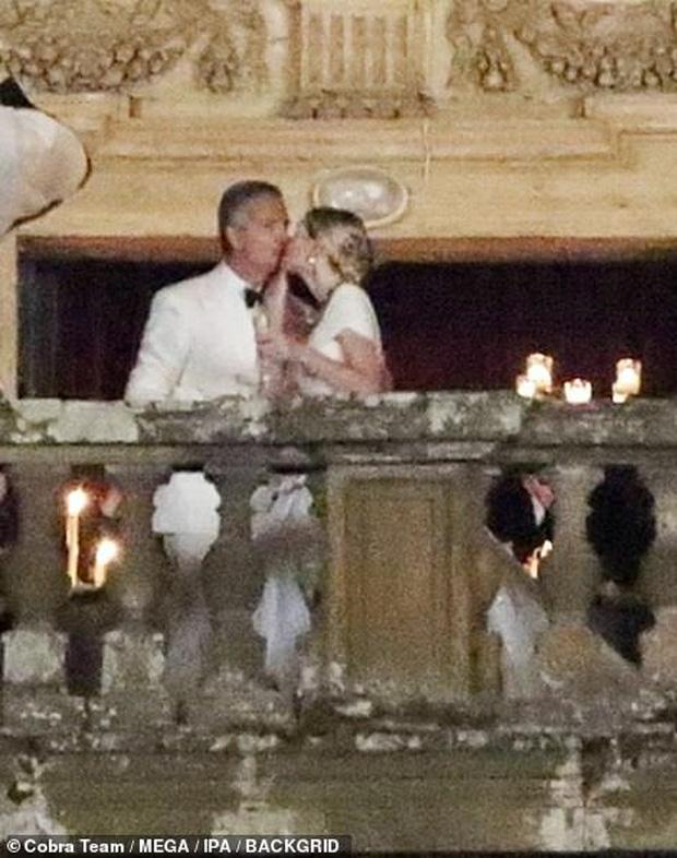 Cháu gái Công nương Diana từng chiếm spotlight tại đám cưới Meghan bất ngờ kết hôn, danh tính chú rể gây chú ý - Ảnh 4.