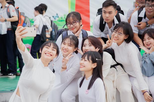 CHÍNH THỨC: Học sinh TP.HCM được miễn học phí học kỳ I năm học 2021-2022 - Ảnh 1.