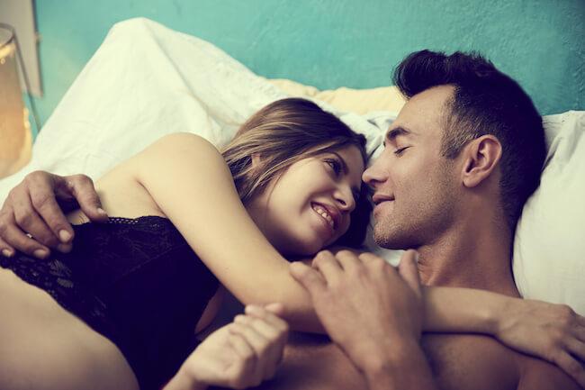 Khi yêu đừng để đàn ông chạm vào 5 bộ phận nhạy cảm này vì nó có thể khiến bạn bị bệnh phụ khoa và nhiều vấn đề nghiêm trọng khác - Ảnh 3.