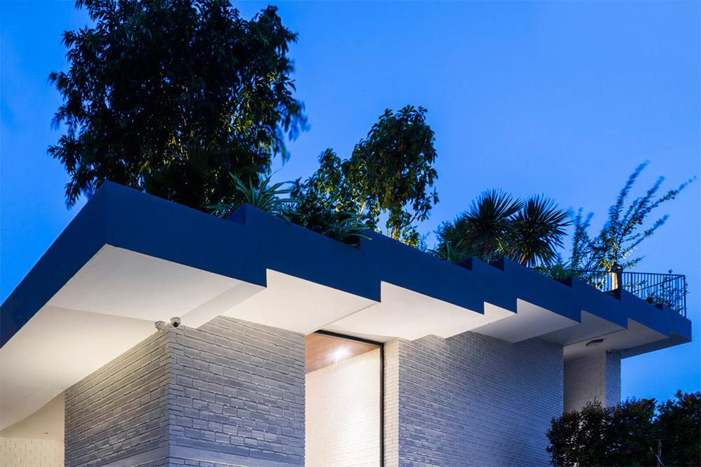 Thêm một công trình đỉnh cao của KTS Võ Trọng Nghĩa: Ngôi nhà với ruộng bậc thang trên mái, ngắm mà phải thốt lên ờ mây zing - Ảnh 3.