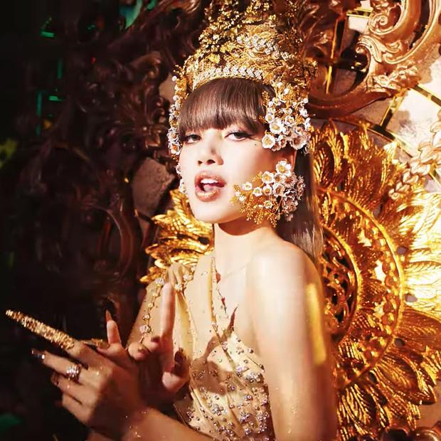 Cô giáo tiểu học kể chuyện về tuổi thơ của Lisa, khẳng định: Lisa là nguồn cảm hứng cho rất nhiều người trẻ ở Thái Lan - Ảnh 7.