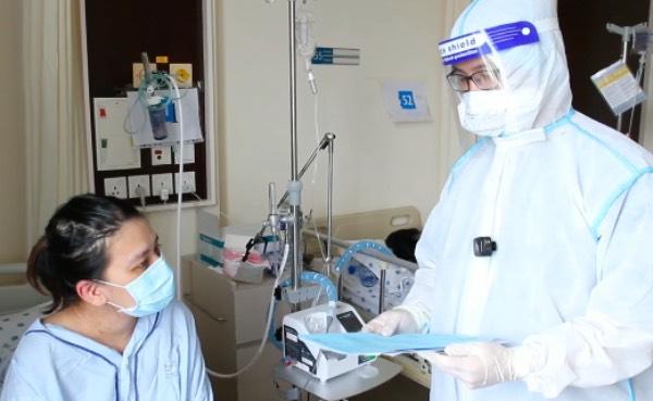 Kỳ tích của bà mẹ mang thai 30 tuần mắc Covid nguy kịch phải đặt nội khí quản - Ảnh 1.