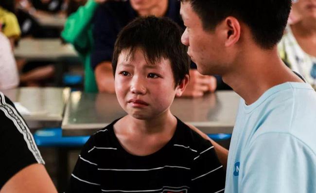 Có một khoảng cách lớn giữa trẻ hay khóc nhè và trẻ không thể khóc, sự thật khiến nhiều phụ huynh day dứt vì cách làm của mình - Ảnh 3.