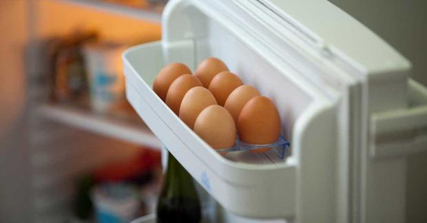 Chuyên gia chỉ ra lỗ hổng khi bảo quản trứng theo cách này khiến ai cũng ngớ người, hóa ra bao lâu nay mình vẫn làm sai - Ảnh 1.